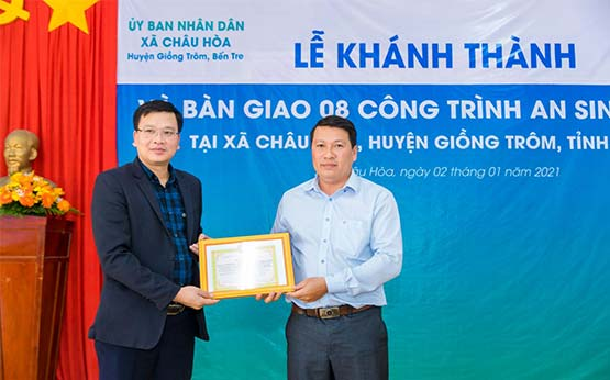 Inauguration and handover social security works in Chau Hoa, Ben Tre